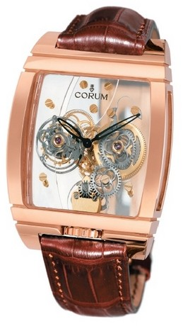 corum-golden-tourbillon-panoramique-2007-or-rouge.jpg